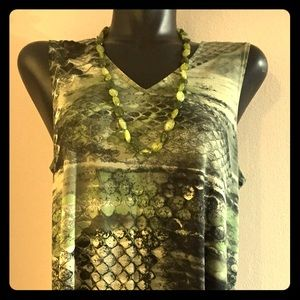 Women In Control NWT Shirt Necklace Combo Set